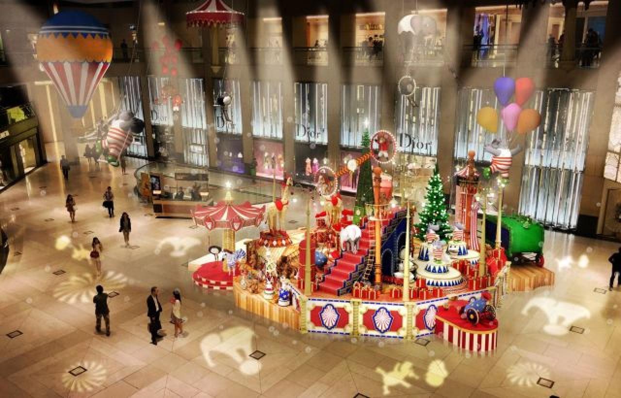 置地廣場今年聖誕裝置以馬戲團為主題。